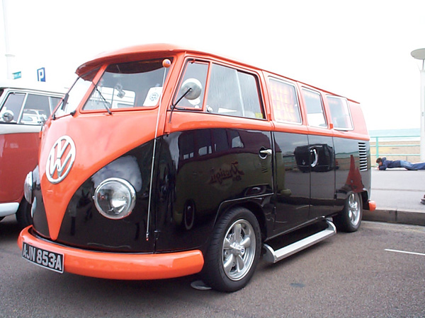 Orange over black split window van