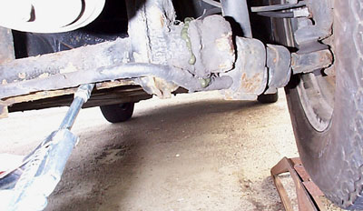 Greasing front axle of VW Beetle